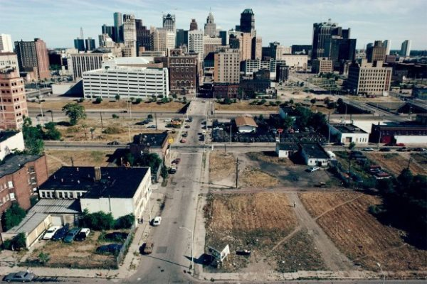 downtown-detroit-1991-620x413